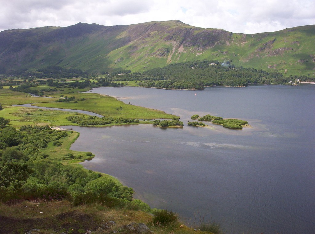 """Derwent-water"". Licensed under Public Domain via Commons - https://commons.wikimedia.org/wiki/File:Derwent-water.jpg#/media/File:Derwent-water.jpg"